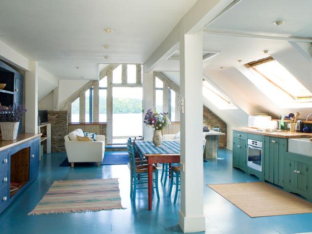 piso-colorido-azul