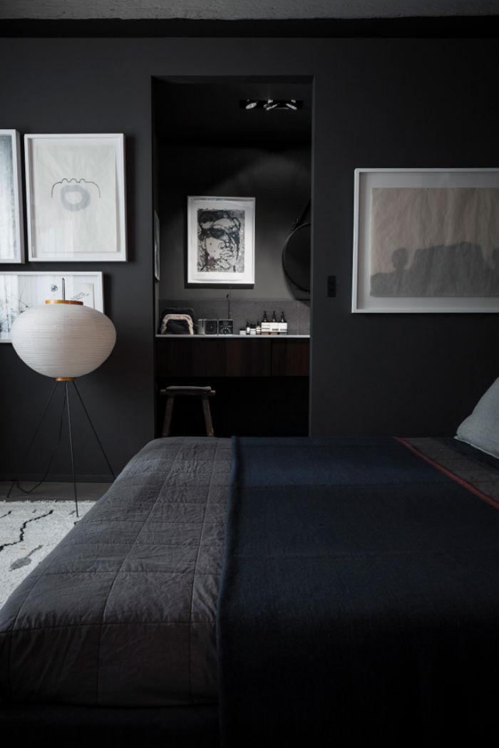 black_apartment_3